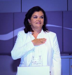 Carmen Peña, nombrada Presidenta de la FIP